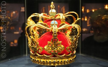 The Royal jewelry.
